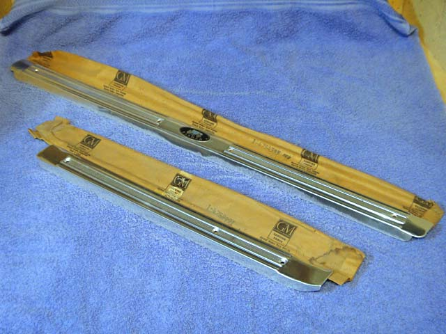 1959-1960 Buick Chevy Oldsmobile Pontiac 4 Door & Station Wagon Sill